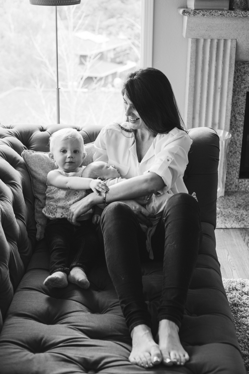 Loving_long_island_family_photography_session_port_jefferson_new_york_mothers_day_in_home_newborn_session