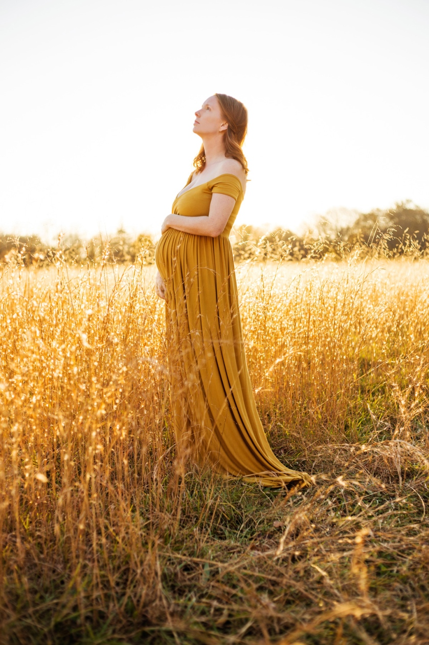 golden hour sunset maternity self portrait in golden dress jessica michelle photo long island photographer